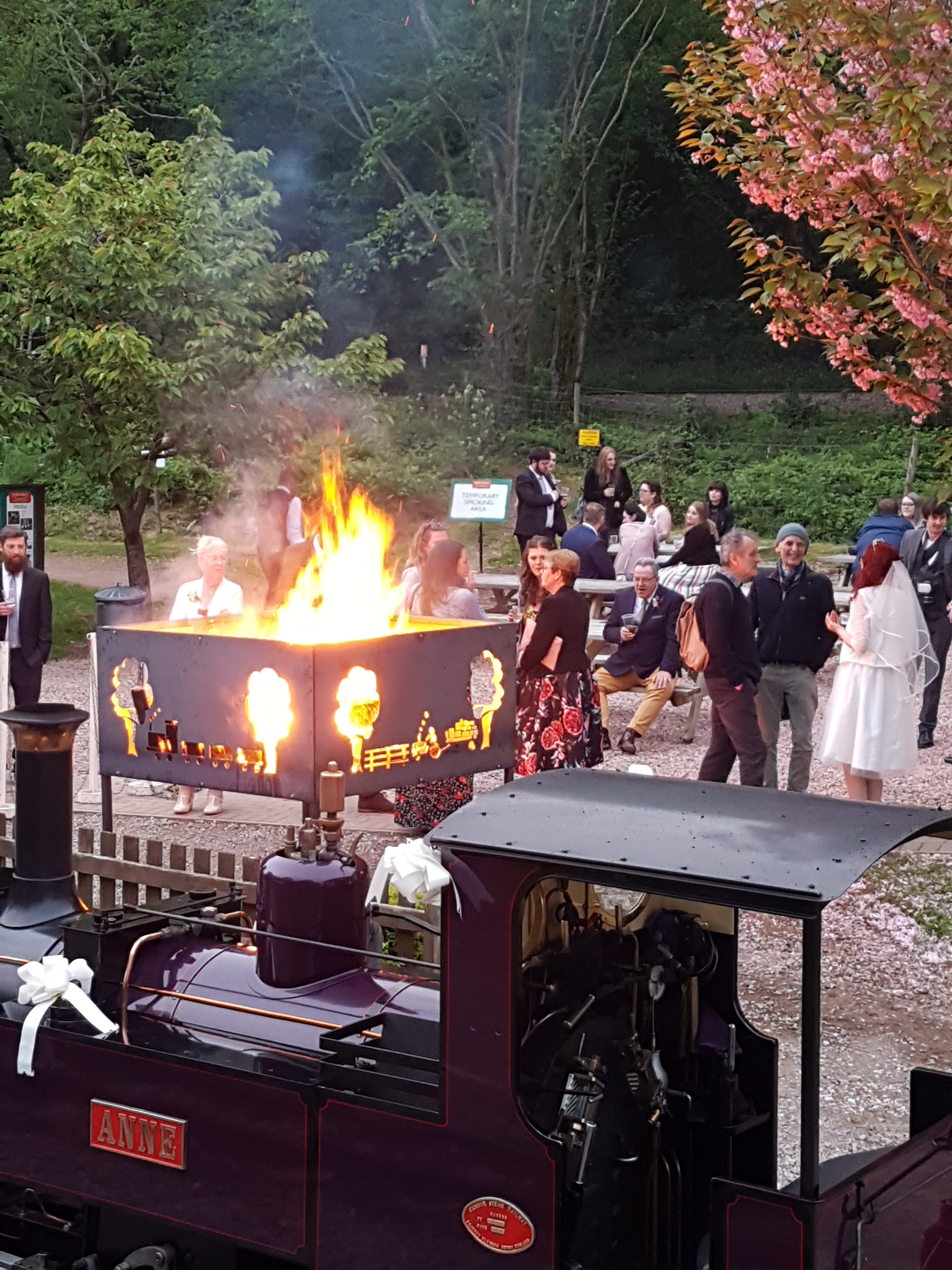 fire pit is an extra you can have with your wedding at perrygrove